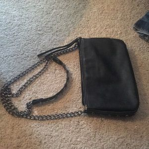 Handbags - 💸 Black Chain Clutch